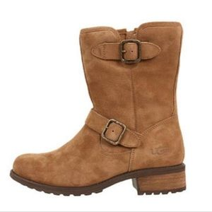 UGG Chaney Boots NEW!